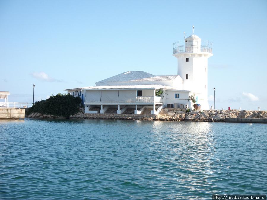 маячок на Карибском море