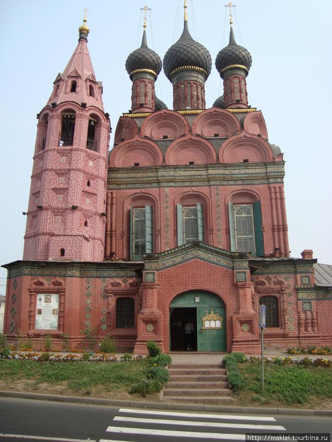 Ярославль. Богоявленская церковь.