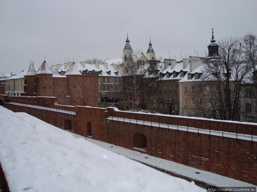 Варшава. Барбакан.