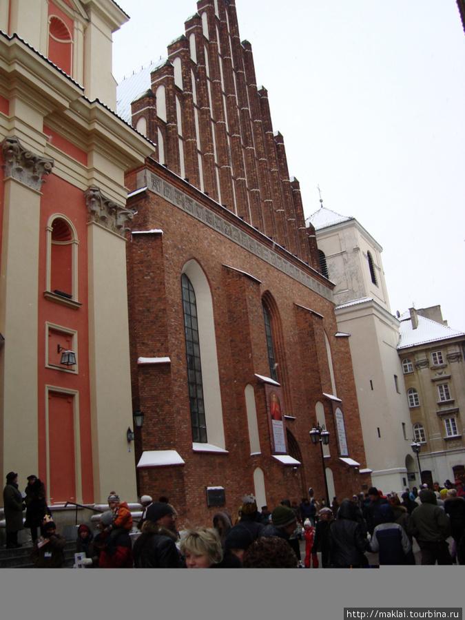 Варшава. Костёл Святого Я