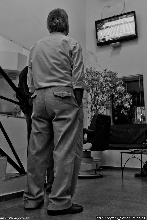 Пока ждете, можете телевизор посмотреть Сан-Паулу, Бразилия