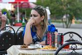 Из необычного, в Таджикистане запрещено курить в общественных местах. Это значит, что просто так на улице идти и курить нельзя. А вот пить Ягу можно. Этот быдло-коктейль пользуется необъяснимой популярностью у местного населения и считается