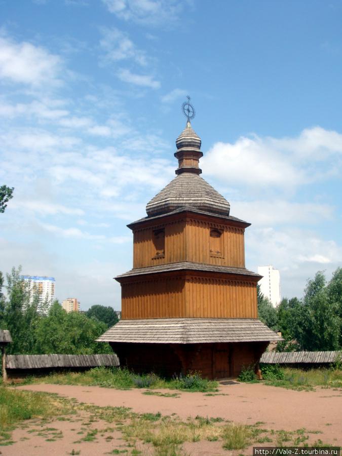 колокольня церкви Покровы Пресвятой Богородицы