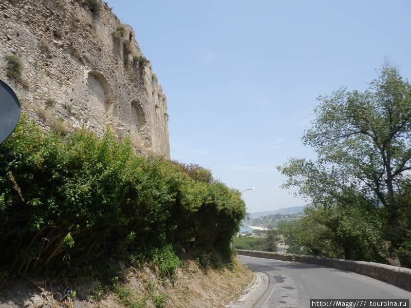 Окружная дорога вдоль стены