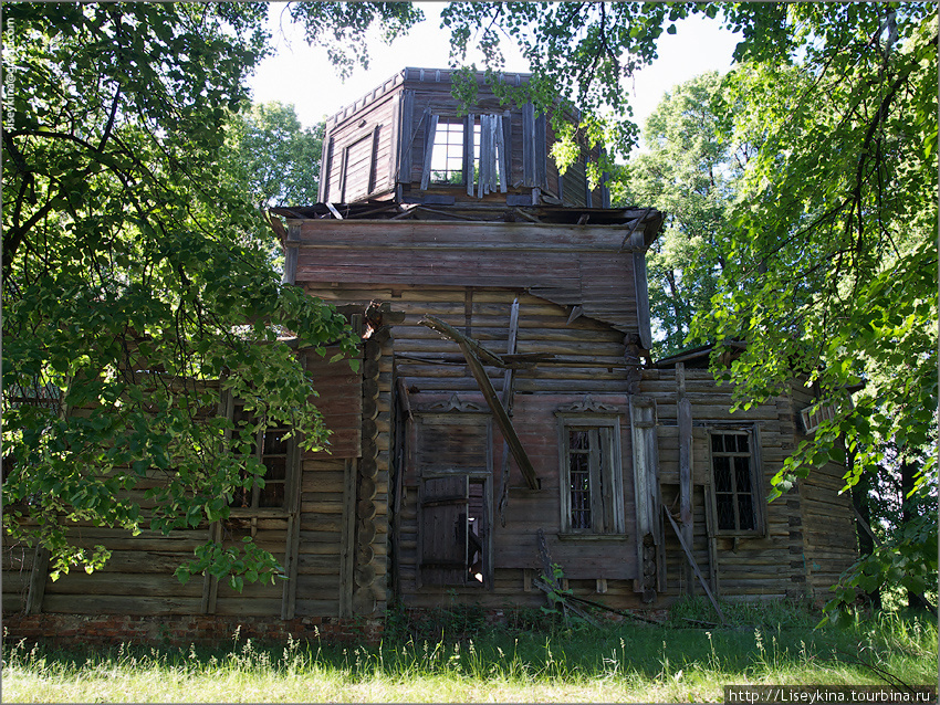 Церковь в деревне Орехово