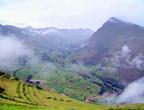 Террасы возвышаются над долиной на 500 метров