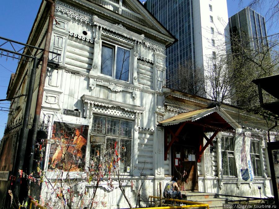 Дом купца  Маева по улице