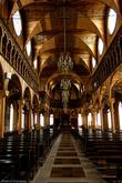 Собор очень интересен. Суринамцы уверены, что это самое большое деревянное сооружение в Америке, а некоторые уверены, что и во всем мире!