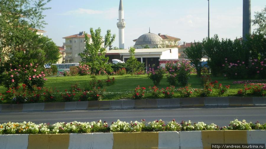 Мечети есть повсюду в Турции