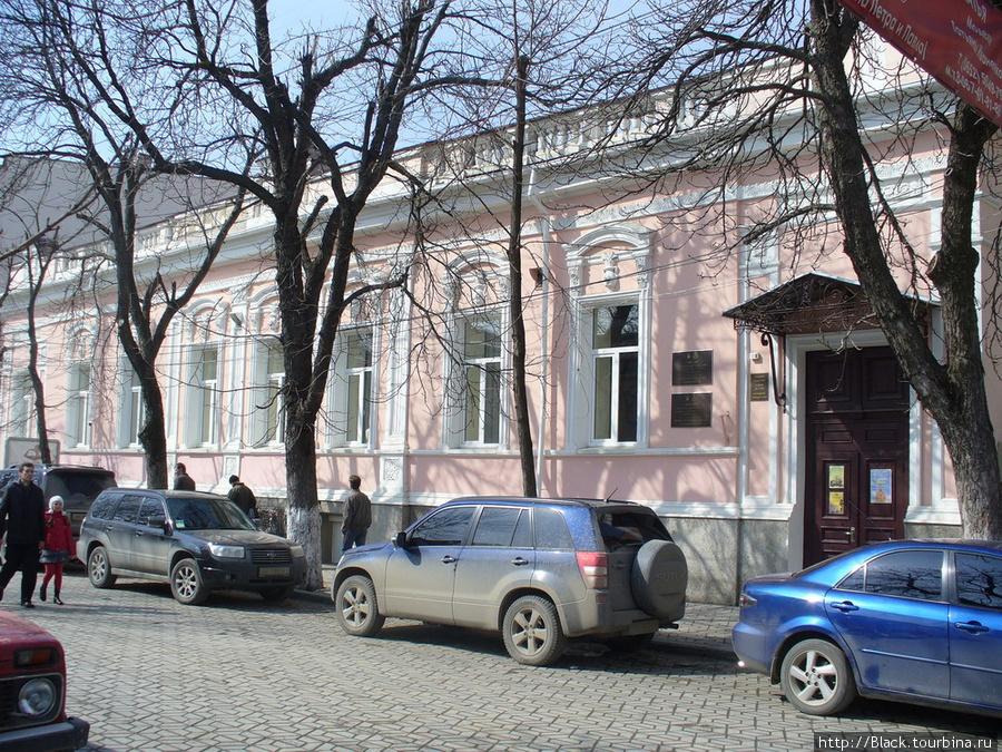 Улица Пушкина, 17. Музей истории города Симферополя