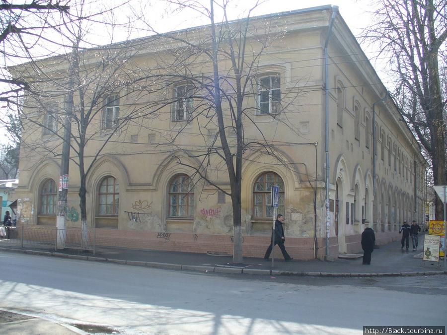 Улица Пушкина, 18. Крымский этнографический музей