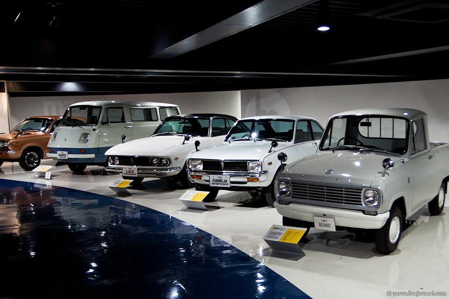К концу 60-х Mazda значительно расширяет ассортимент, выпустив пикап Mazda B360 и минивэн Mazda Bongo, а также начав выпуск семейств Familia и Luce.