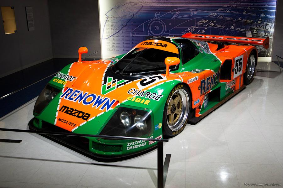 Mazda 787B. Первый и пока единственный автомобиль с роторно-поршневым двигателем, выигравший гонку «24 часа Ле-Мана» (1991 г.).