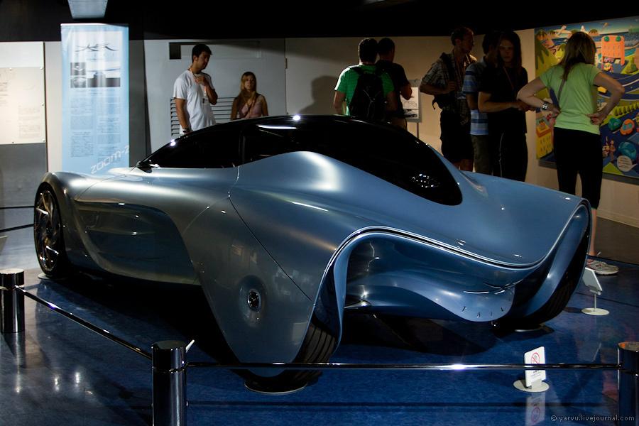 Mazda Taiki — концепт, отображающий одно из возможных направлений развития автомобилей Mazda.
