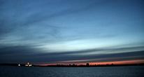 слева Нилова пустынь со стороны озера Селигер