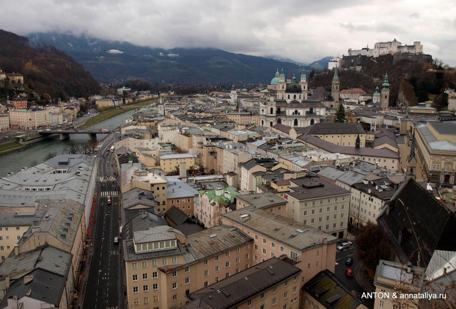 Вид на Зальцбург с горы Монахов