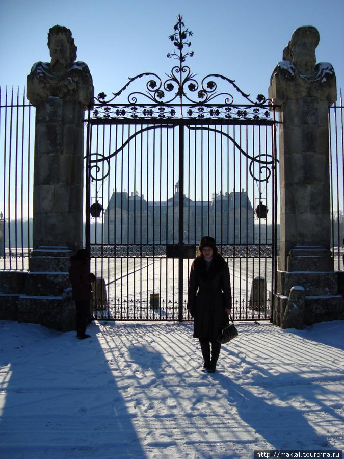 Замок Во-ле-Виконт. Не пущают!
