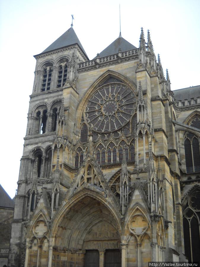 Северный фасад собора