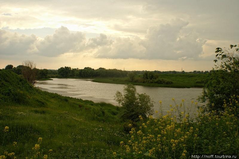 Село находится на одном из многочисленных Волжских заливчиков