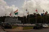 Главная площадь города. К сожалению, флага нашей страны мы не обнаружили.