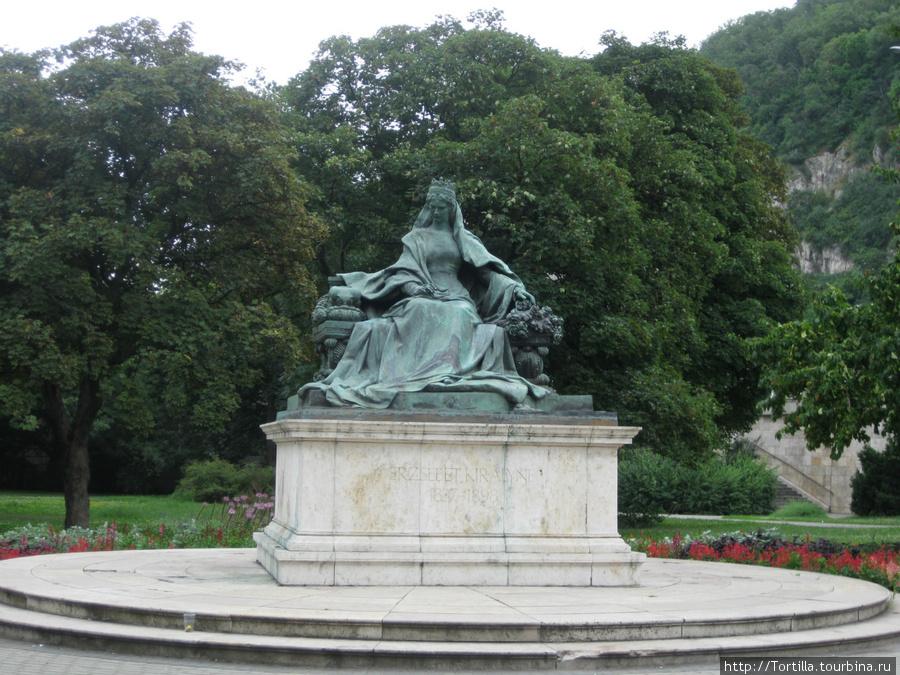памятник Императрице Сисси