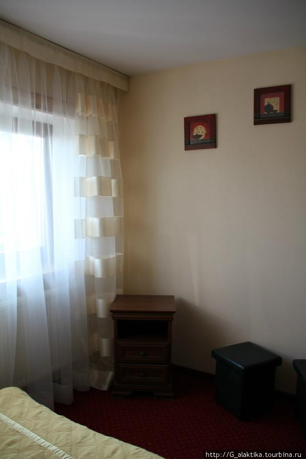Двух комнатный, четырехместный номер (1-ая  комната)