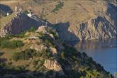 Вид на Чембало и руины 19-й батареи со скалы Мотыль.