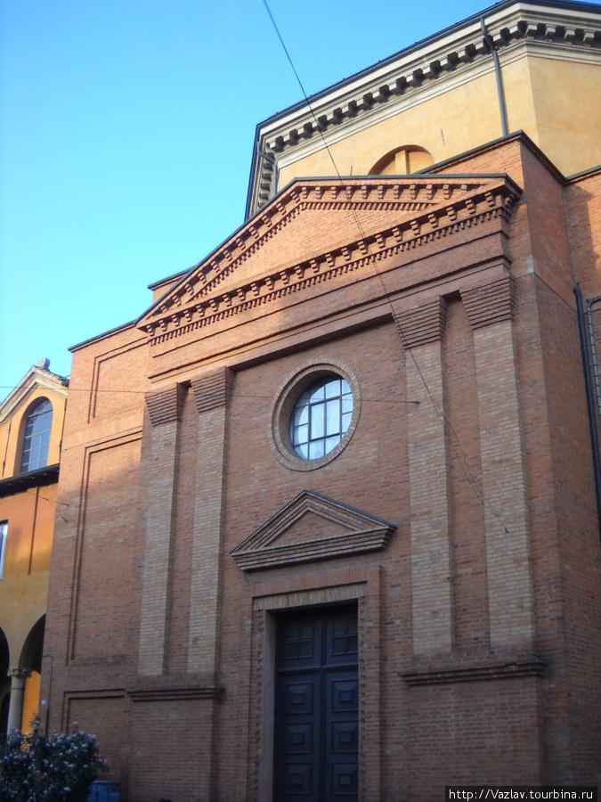 Восьмиугольная форма хорошо заметна в строении купола