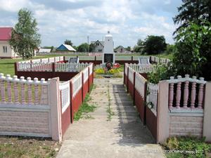 Памятники погибшим в Великую отечественную землякам, братские могилы, могила неизвестного солдата.