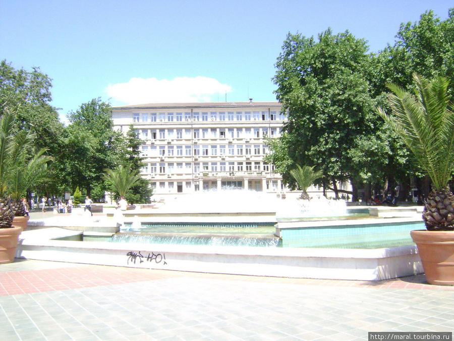 Здание окружного суда на пл. Независимости
