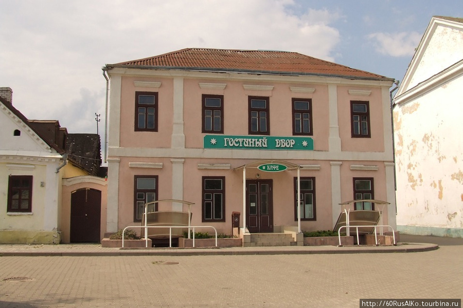 http://im2.tourbina.ru/photos.3/5/9/594999/big.photo/2008-Iyul-Novogrudok.jpg